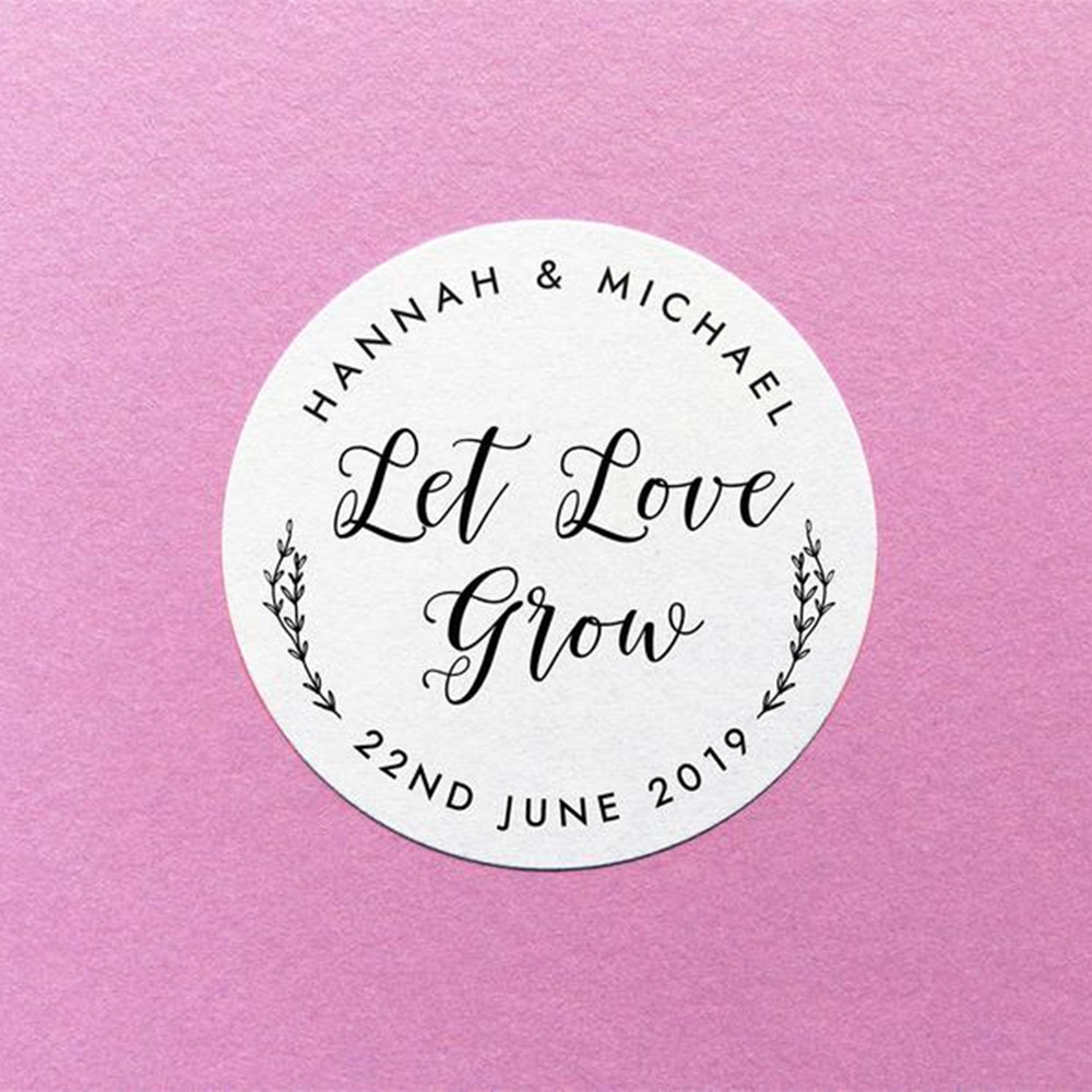 Sticker Personalised Pink dots Round Gift Bag Label Seal Sweet Cone in 4 Sizes