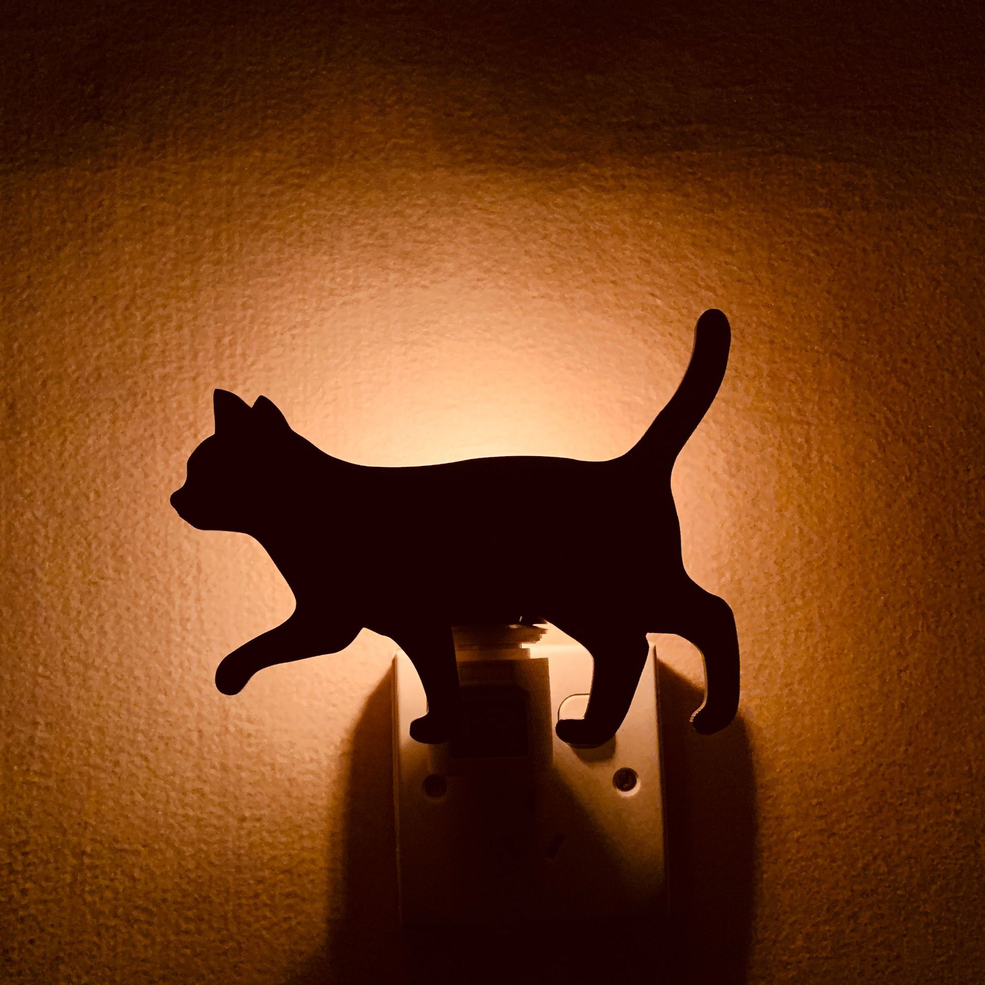 Light-controlled Night Light LED 5W 220V Cute Cartoon Animals Cats Shaped Bedroom Living Room High Quality Projection Lamp