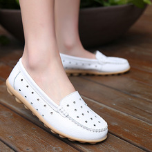 zzpohe autumn mothers fashion shoes soft soles middle aged woman skate plus size shoes casual flat comfortable women s shoes Summer Women Loafers Mom Casual Shoes High Quality Leather Flats Woman Soft Comfortable Plus Size Fashion Ladies Slip-on Shoes