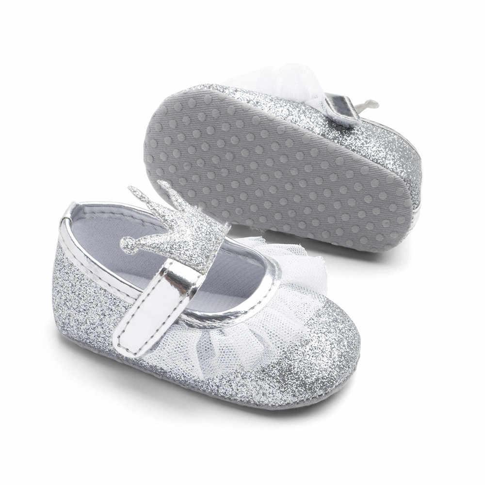 Yenidoğan bebek bebek kız ayakkabı Toddler çocuklar prenses taç örgü Glitter beşik ayakkabı yumuşak taban kaymaz spor ayakkabı ilk yürüyüşe