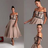 Vestidos de Cóctel marrones 2020, escote Corazón, tul, longitud del té, vestido de graduación económico, cremallera trasera, vestidos para baile de bienvenida hechos a medida