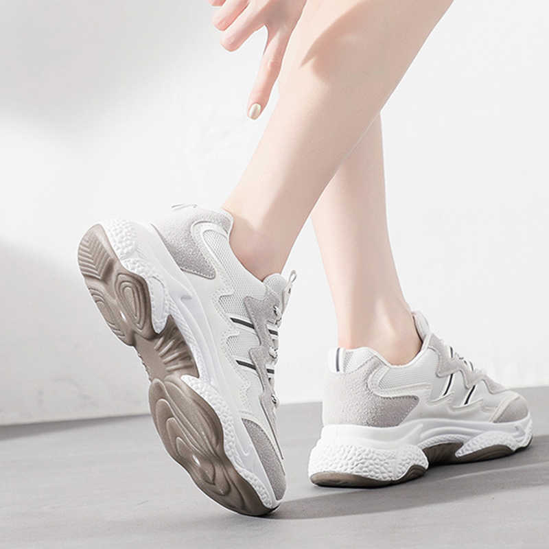 VTOTA 2018 春の秋のファッションのためのカジュアルシューズ加硫靴通気性野生プラットフォーム女性靴スニーカー K3