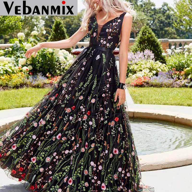 Vintage Backless Long Maxi Dress Women V Neck Tulle Flower Embroidery Summer Beach Dress 2020 Long Sleeve Dresses Robe Femme