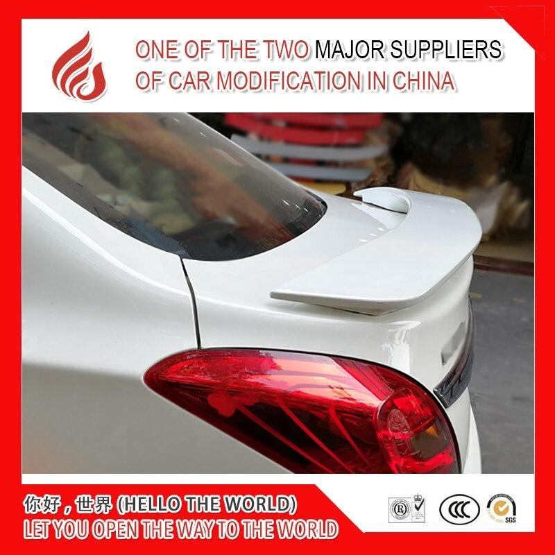 Высокое качество ABS черный белый или Праймер Неокрашенный задний спойлер для автомобиля с светильник trumpchi GA3 2013 2014 2016 2017