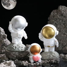 Astronaut Decoration Creative Resin Cute Astronaut Model Birthday Gift Home Living Room Room Decorations Crafts недорого