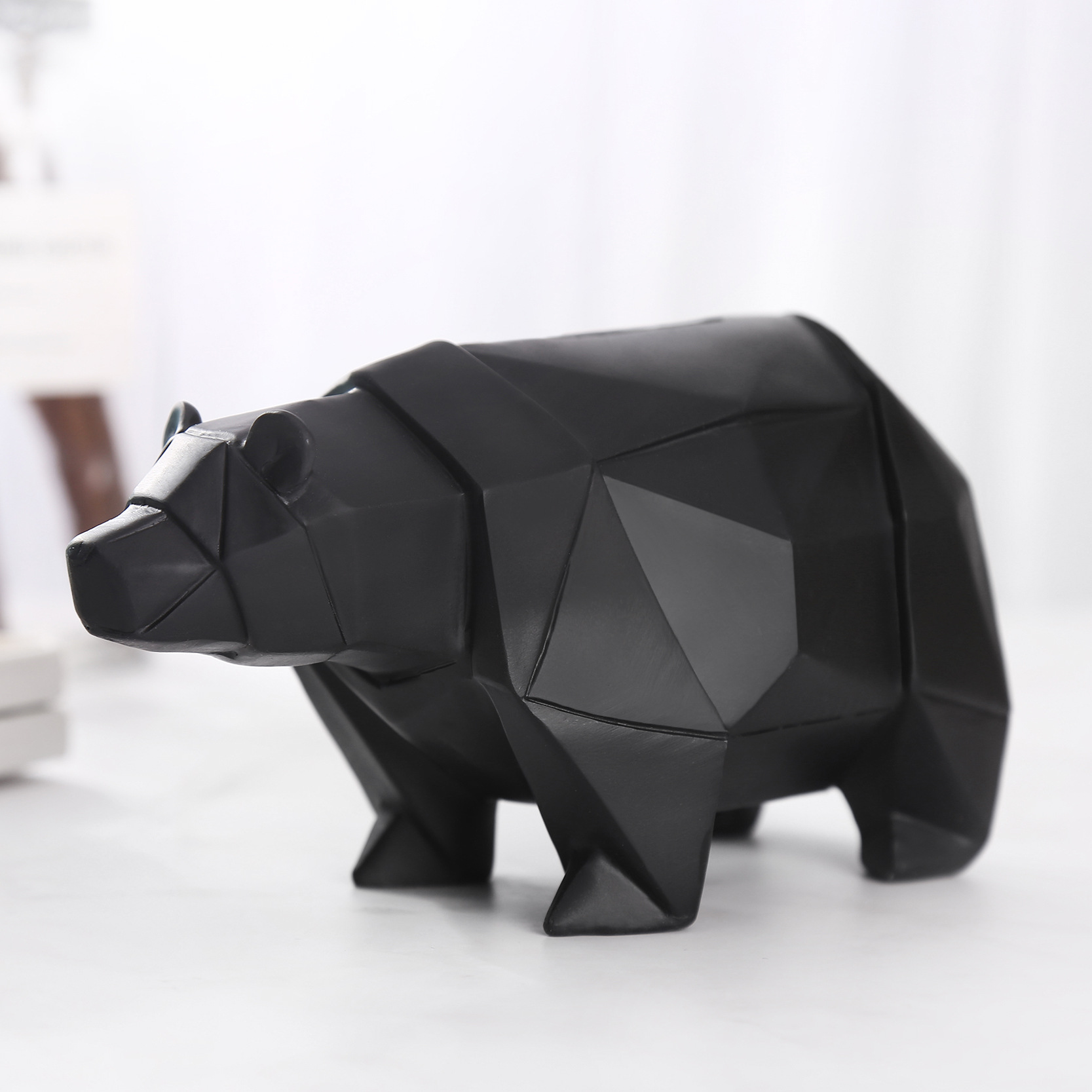 Polar Bear Geometric Piggy Bank Statues Animals Money Banks Figurine Resin Art&Craft Kids Gift Toy Home Decoration