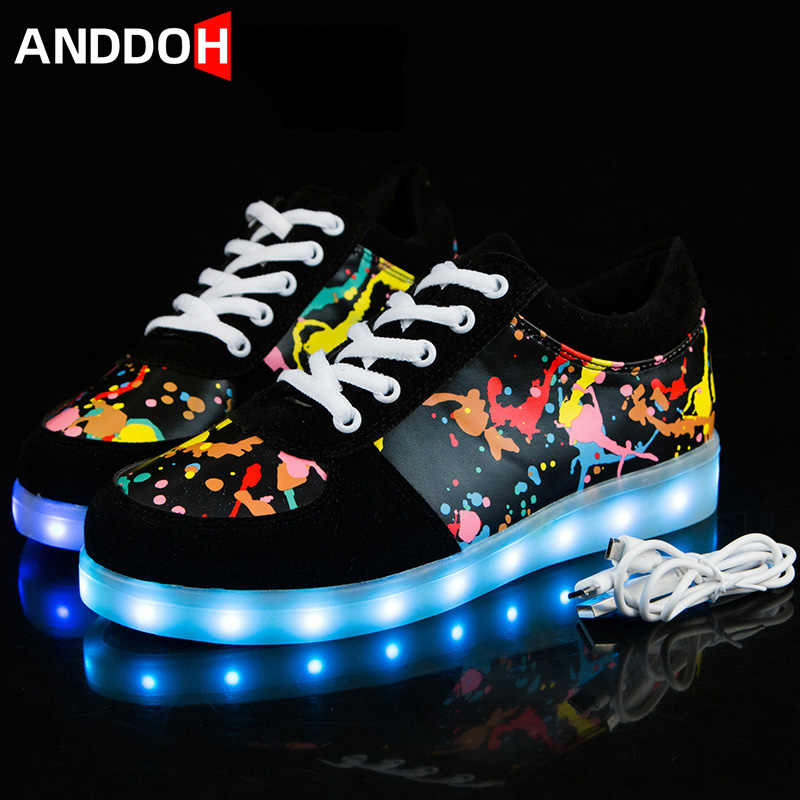 Children USB Recharged Shoes Glowing Sneakers Kid Luminous Sneakers for Boys&Girls LED Lighted Shoes Sneakers with Luminous Sole