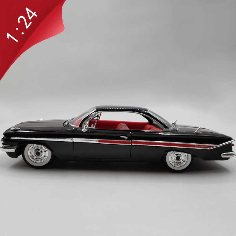 1:24 Scale Alloy Car Die-cast Muscle Sports Car Model Metal Adult Children Toys Collection Gift Indoor Display Decoration
