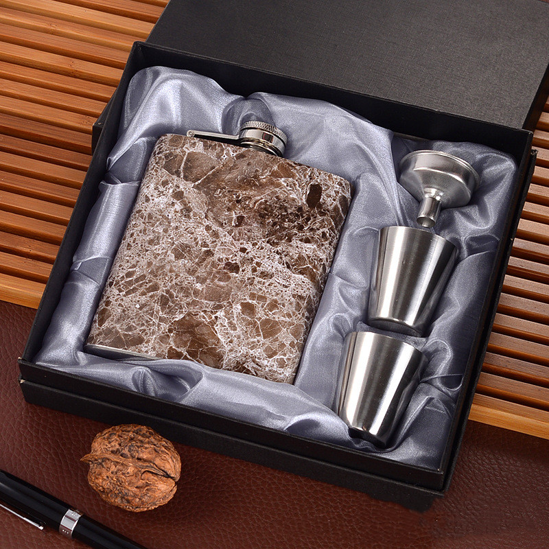 Creative 7 Oz Stainless Steel Hip Flask Set With 1 Funnel and 2 Cups Whiskey Wine Bottle Retro Alcohol Pocket Flagon