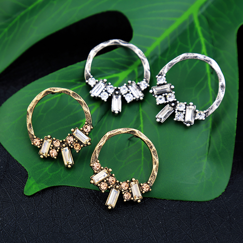 Clear Small Stud Earrings Pierced Vintage Gold Color For Women Trendy Crystal Earring Studs Wholesale Fashion Jewelry