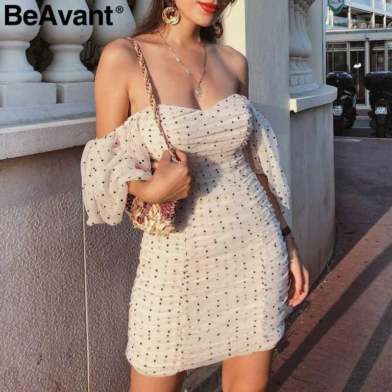 BeAvant платье в горошек с открытыми плечами женское сексуальное Плиссированное облегающее платье с рюшами повседневные праздничные платья с вырезом лодочкой осенние платья