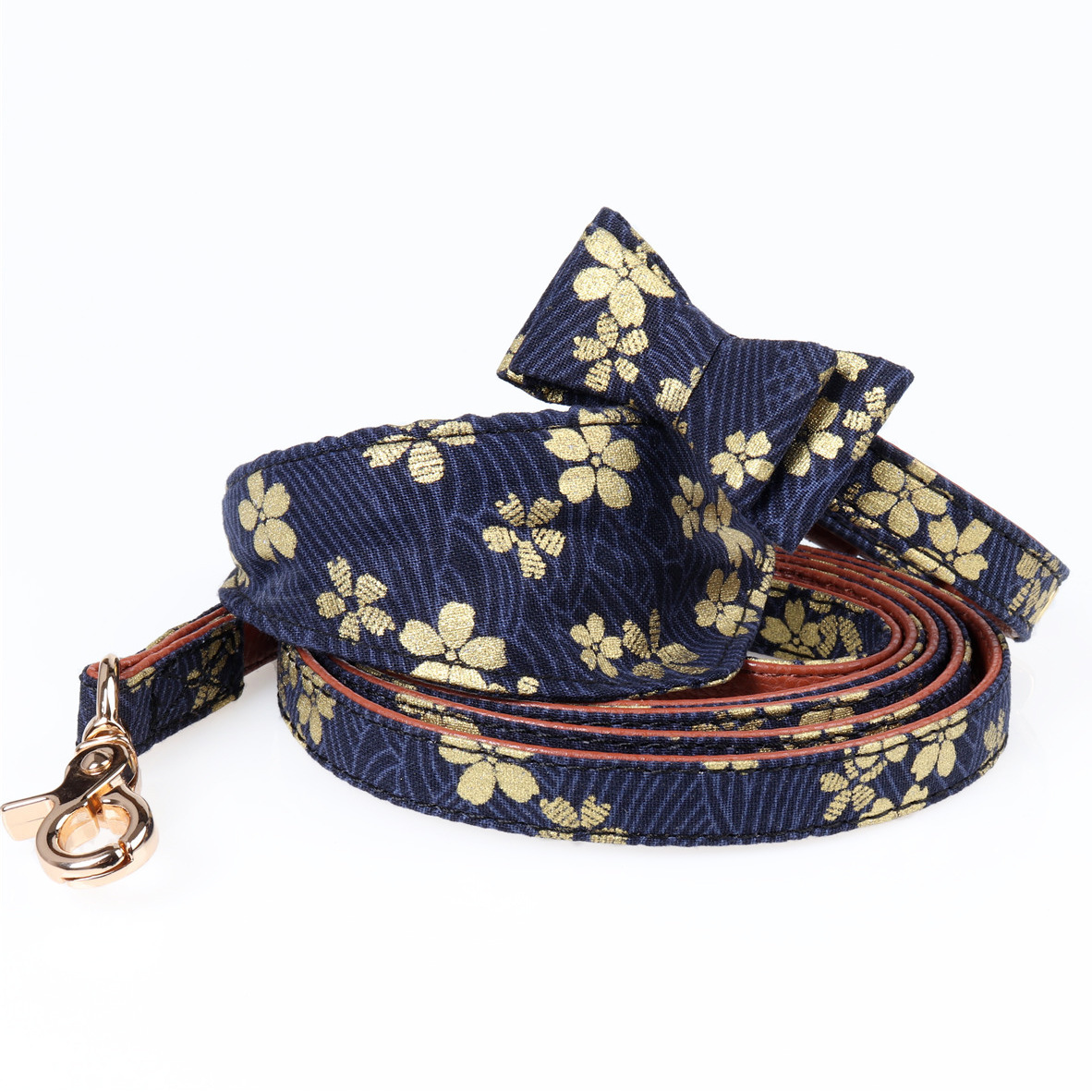 Amin Lattice New Style And Wind Set Pet Collar Bronze Fabric Pet Triangular Scarf Collocation Dog Hand Holding Rope