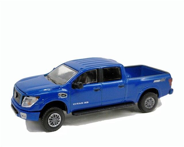 1//64 Greenlight  NISSAN TITAN XD PRO-4X Diecast model car