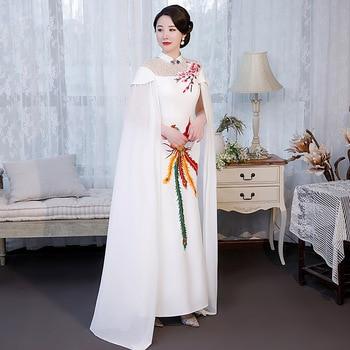 Señora pasarela mangas tipo capa Cheongsam Vestidos Slim bordado Phoenix Chior Show Flormal vestido Qipao Falda larga Vestidos