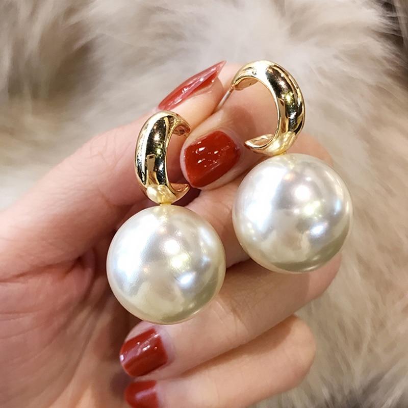 Fashion Korean Oversized Pearl Drop Earrings for Women Bohemian Golden Round Pearl Wedding Earrings Jewelry