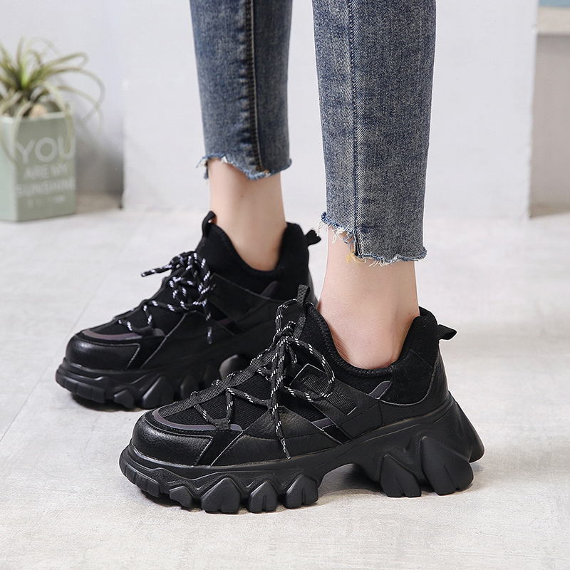 Reflective Platform Sneakers Women Black Light Breathable Running Shoes Women Jogging Sneakers Chunky Trainers