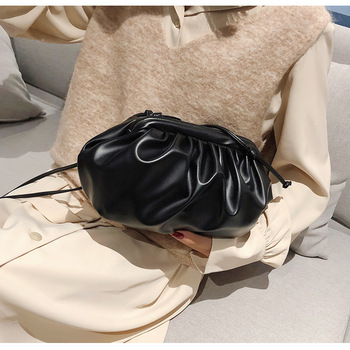 fashion rivet casual shoulder bag messenger bag retro simple women bag handbag ladies flap motorcycle bag 18b9 Women Simple Dumplings Messenger Bag Designer Retro 2021 New Fashion Cloud Female Crossbody Shoulder Bag Tide Handbag Clutch Bag
