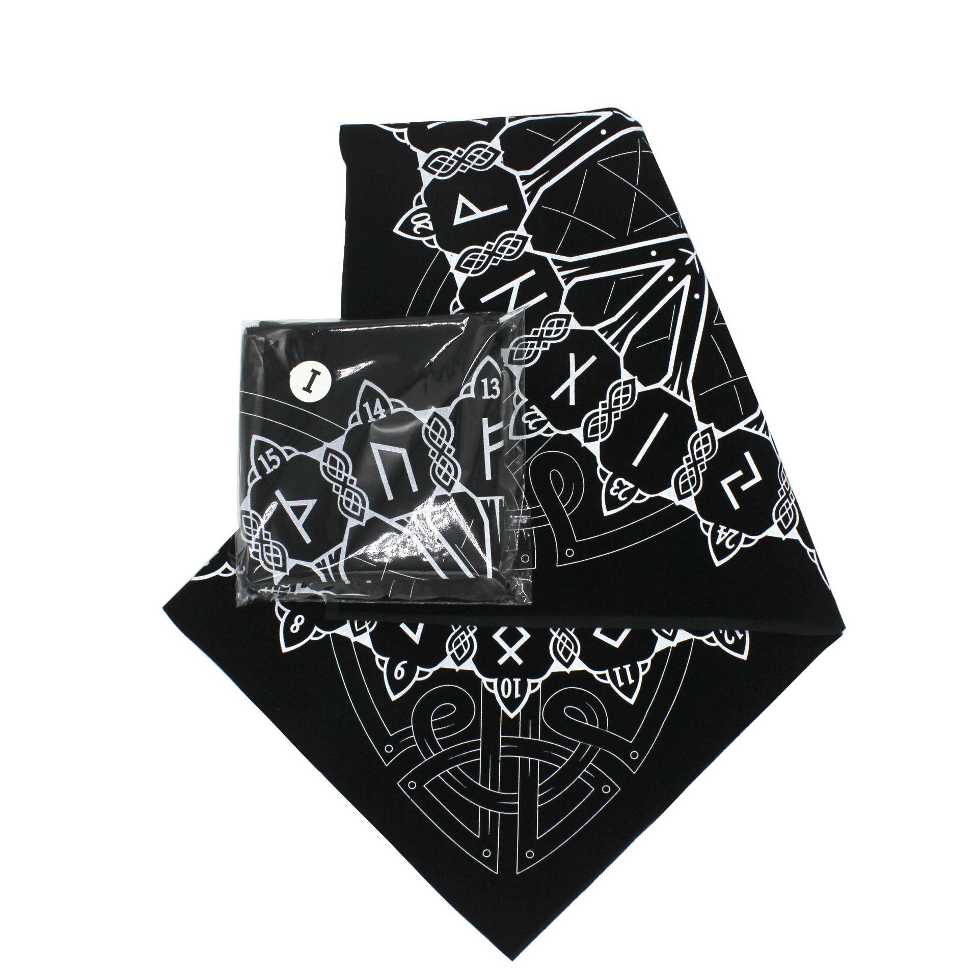 Moon Gazing Hare Pouch: Tarot Bag Celtic Britain D/&D DnD Dice Bag Moongazing Hare Wicca Full Moon Runes Bag Pagan Altar Tarot Pouch