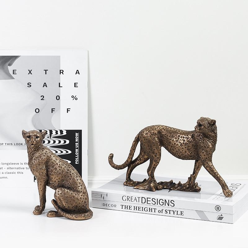 VILEAD Vintage Panther Statue European Animal Figurine Leopard Sculpture Home Office Decoration Living Room Decor Accessories