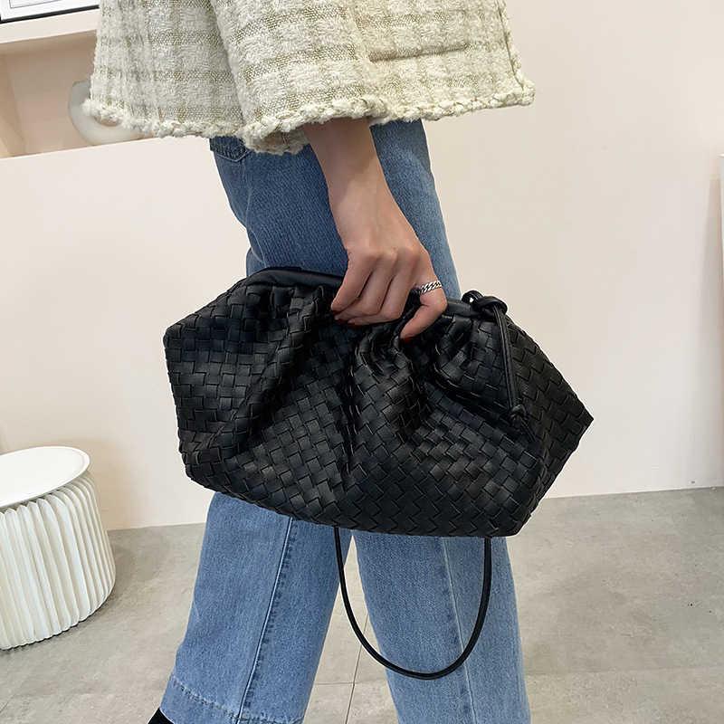 女性シンプルな餃子ハンドバッグデザイナーレトロファッションクラウド女性クロスボディショルダーバッグ潮メッセンジャーバッグクラッチバッグ