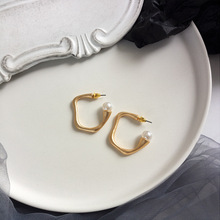 Korean fashion jewelry female sweet plated gold earring simple pearl earrings  for women best gift