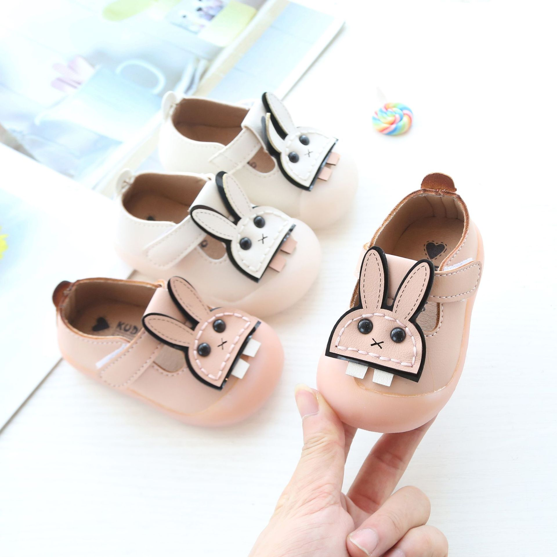 Autumn New Children's Shoes  2 Years Old Cartoon Cute Shoes Baby Soft Bottom Slip Single Shoes  Leather Shoes Baby|First Walkers| |  - title=