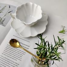 цена на 100ml European Luxurious Ceramic petal Office Coffee Cup And Saucer Set Milk Tea Mugs Birthday Couples Gifts Friends Cup Gift