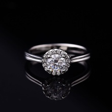 Round Moissanite Ring D Color Super White VVS Purity Ring for Women S925 Sterling Silver Rings with GRA Certificate Customizable