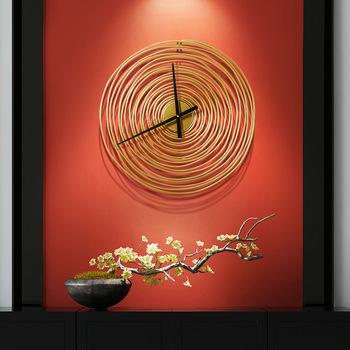 Żelazny roczny zegar ścienny minimalistyczny złoty dom wiejski ścienny wiszący staromodny zegar pokój akcesoria do dekoracji wnętrz kawiarnia wystrój ścian barowych tanie i dobre opinie ZAGARY ŚCIENNE circular Metal Igła 4265 QUARTZ