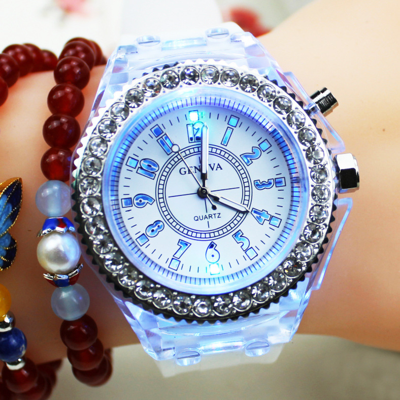 2019 Watch Women Flash Luminous Watch Led Light Personality Trends Students Lovers Jellies Woman Men's Watches Light WristWatch