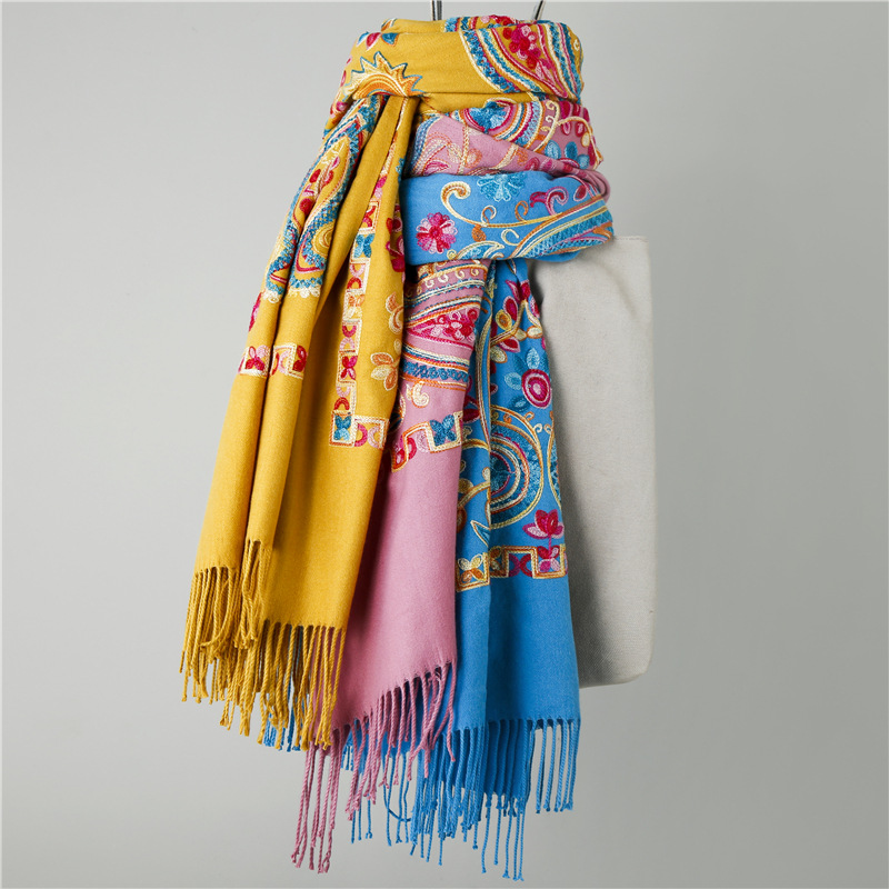 Fashion Big Size Tassel Floral Embroidery scarf women Cotton Square Scarf brushed wraps emotional appeal hair scarf банданы