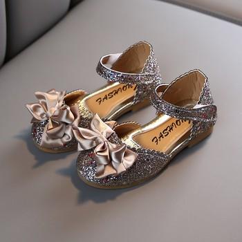Maluch dziecko buty dla małego dziecka księżniczka pierwsze Walker miękkie podeszwy pierwsze buty spacerowe dziewczyna kwiat Prewalkers tkanina bawełniana antypoślizgowe buty tanie i dobre opinie NoEnName_Null RUBBER Płaskie Obcasy Hook loop Pasuje prawda na wymiar weź swój normalny rozmiar Brokat Dziewczyny