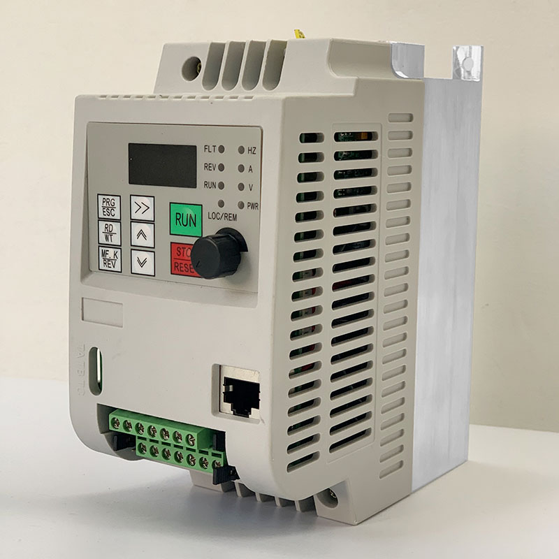 Frequency Converter For Motor 380V 0.75KW/1.5KW/<font><b>2.2KW</b></font>/4KW 3 Phase Input And Three Output 50hz/60hz AC Drive <font><b>VFD</b></font> <font><b>Inverter</b></font> image