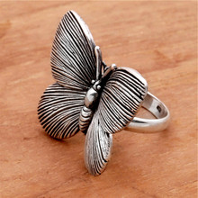Vintage Women Big Butterfly Ring Design Black Pattern Animal Rings  for Women Wedding Engagement Fashion Jewelry sweet rhinestoned letter s pattern design triangle ring for women