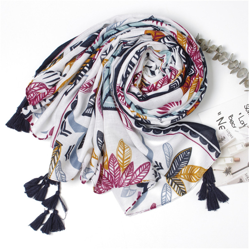 Oloey Summer New Luxury Floral Pattern Totem Cotton Scarf Ladies Travel Sunscreen Seaside Beach Towel Fashion Soft Tassel Shawls