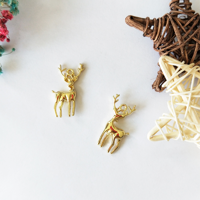 10pcs Christmas 3D Sika Deer Charms Gold Tone Animal Metal Pendants Floatings DIY Necklaces Bracelets Jewelry Accessories FX178