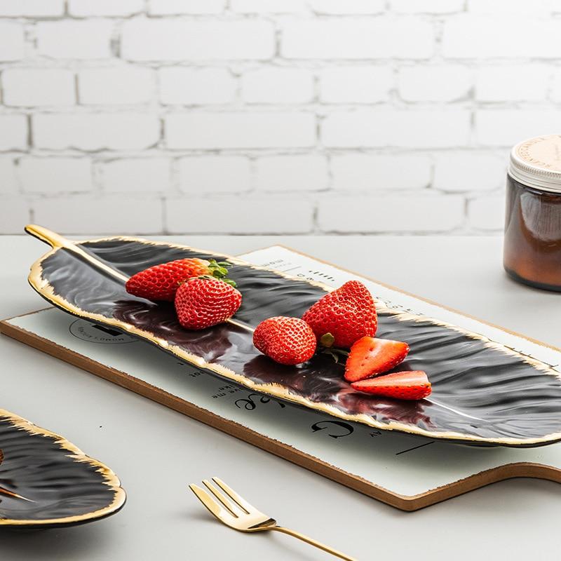 Набор керамических тарелок с золотым покрытием, модный дизайн с перьями, поднос для ювелирных изделий, столовые принадлежности, тарелка для фруктов приглушенной плотности, кухонная посуда-3
