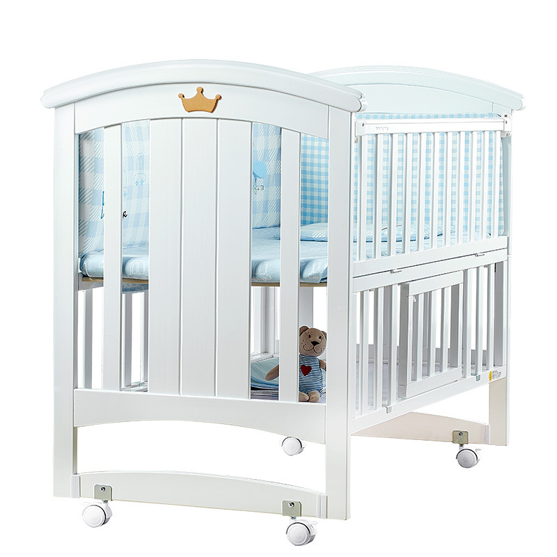 Baby Bed Solid Wood Multi-functional Joint Bed Newborns Benzene Free Paint Cradle European Style White Removable