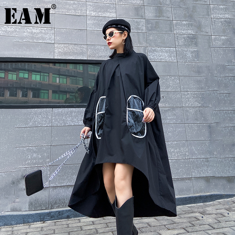 [EAM] Women Blakc Pocket Split Back Long Big Size Dress New Stand Collar Long Sleeve Loose Fit Fashion Tide Spring Autumn 2020