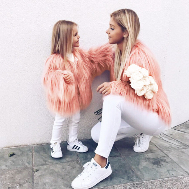 Winter Family Matching Clothing Mother Daughter Fur Faux Tassels Coat Thicken Warm Outwear Mom Girls Matching Jackets H0931 1