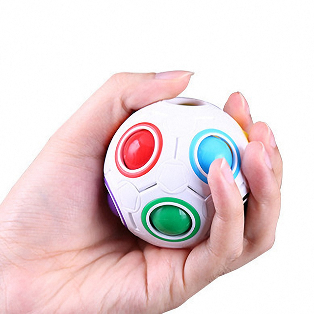 1Pc Football Magic Cube Creative Speed Rainbow Puzzles Ball Educational Learning Toys for Children Adult Kids Funny Puzzle Games 5