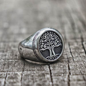 EYHIMD Silver Stainless Steel Tree of Life Signet Ring Classic Men Viking Amulet Rings Nordic Jewelry