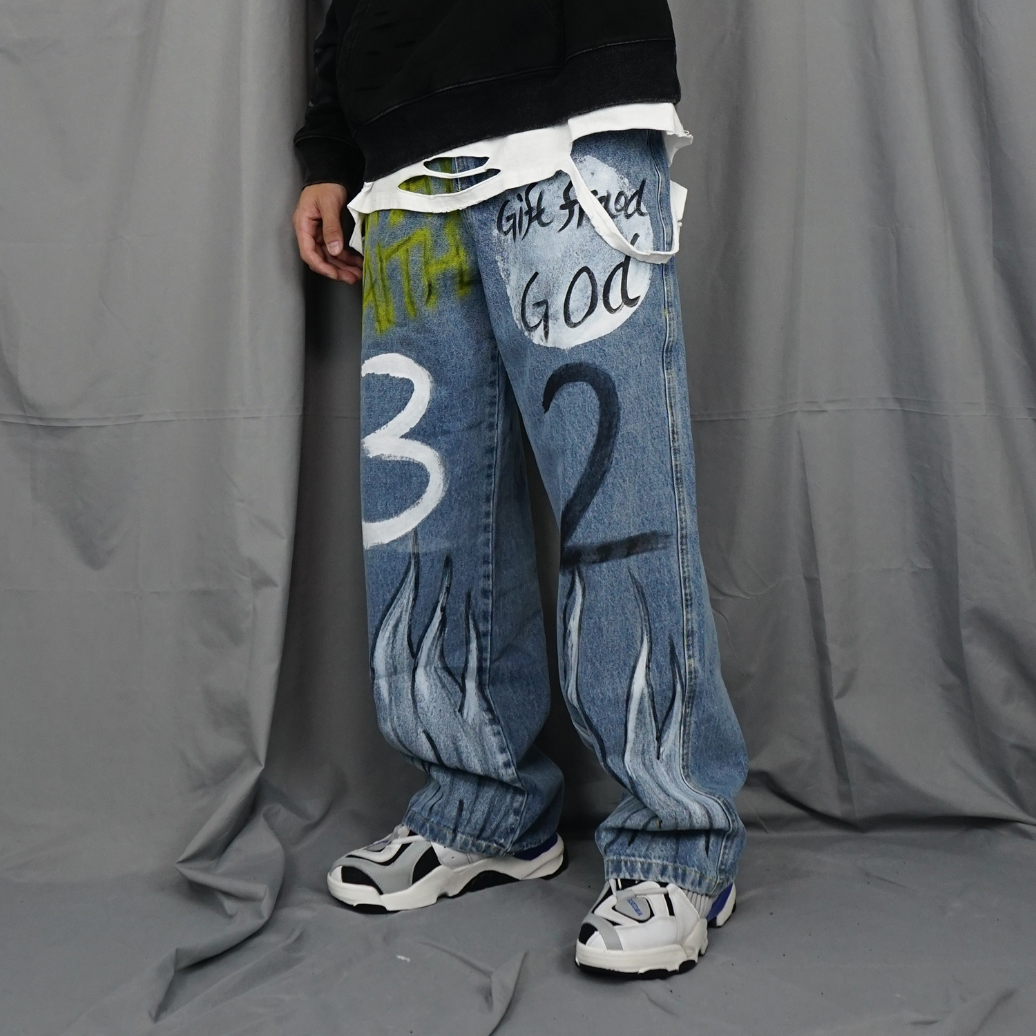 Hand-painted Graffiti Flame Jeans Mens Hip Hop Rock Full Print Baggy And Relaxed Denim Pants Men Loose Straight Lazy Jeans