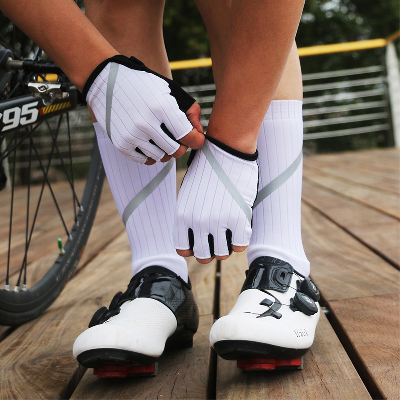 Cycling Gloves High Reflective Anti-slip MTB Road Bike Gloves Cycling Socks Men Women Half Finger Gloves Bicycle Sock Set