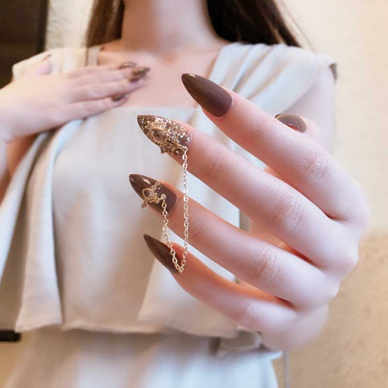 24 Piece Red Detachable Long Nail Patch With Pointed Gray Golden Shiny Fashion  Chain  With Glue Stick Acrylic Press On Nails