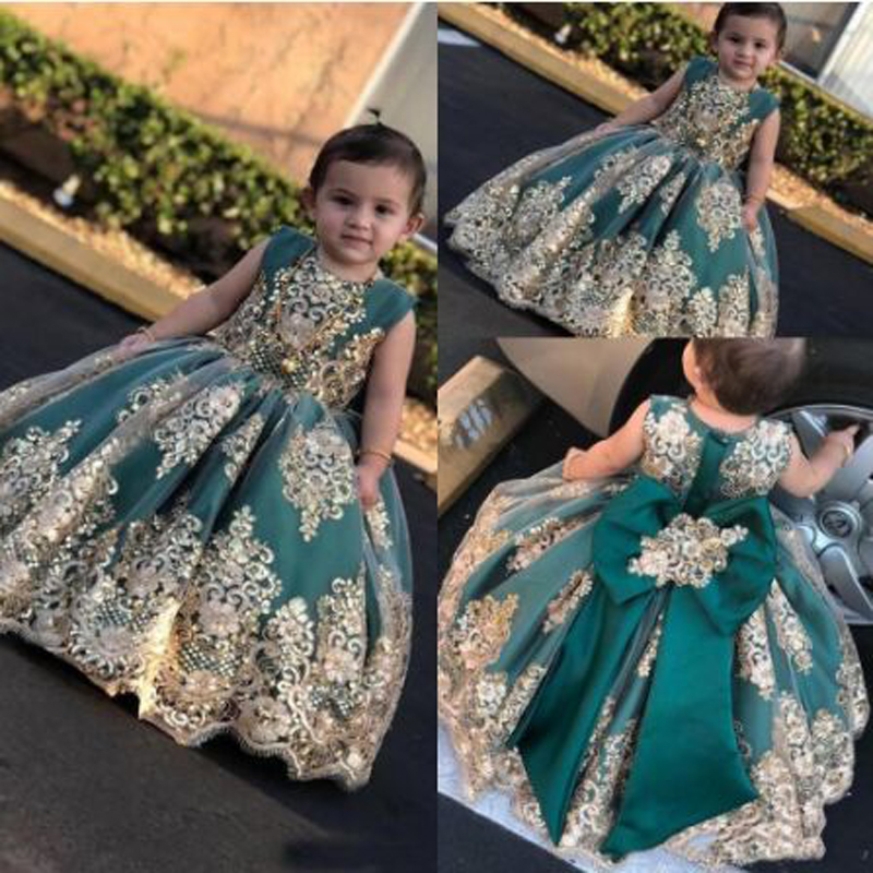 Green Appliques Lace Bow Ball Gown   Flower     Girl     Dresses   Cute Sleevelee O-neck Floor Length Communion Gown sukienki