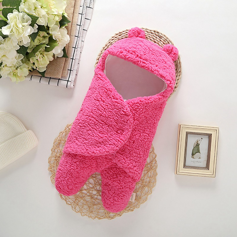 Cute Baby Wrap Blanket 0-6M Cute Infant Cartoon Newborn Baby Swaddle Wrap Soft Short Plush Blanket Photography Prop