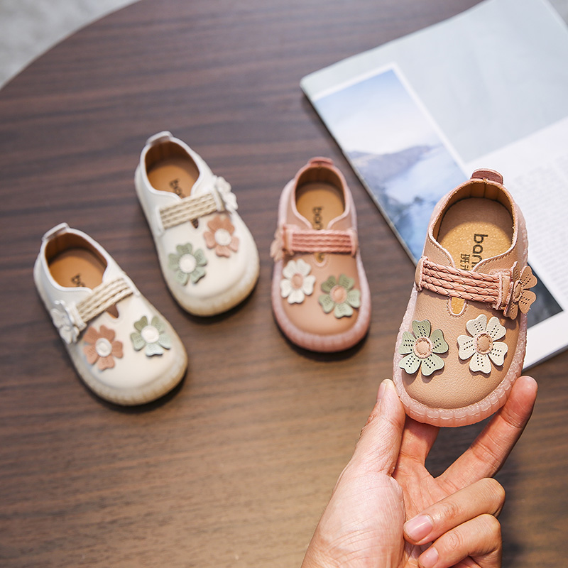Toddler Shoes Girl 0-1-3 Years Old Infant Girl Strape Shoes With Flowers Soft Leather Baby Walking Shoes Anti-slippery D04071