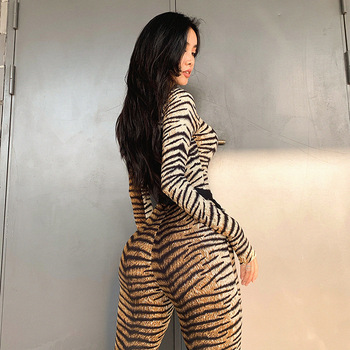 Turtle Neck Women Jumpsuit 2019 Autumn Ladies Sexy Tiger Skin Print Zipper Long Sleeve Jumpsuits Sportswear Overall Women Romper 4