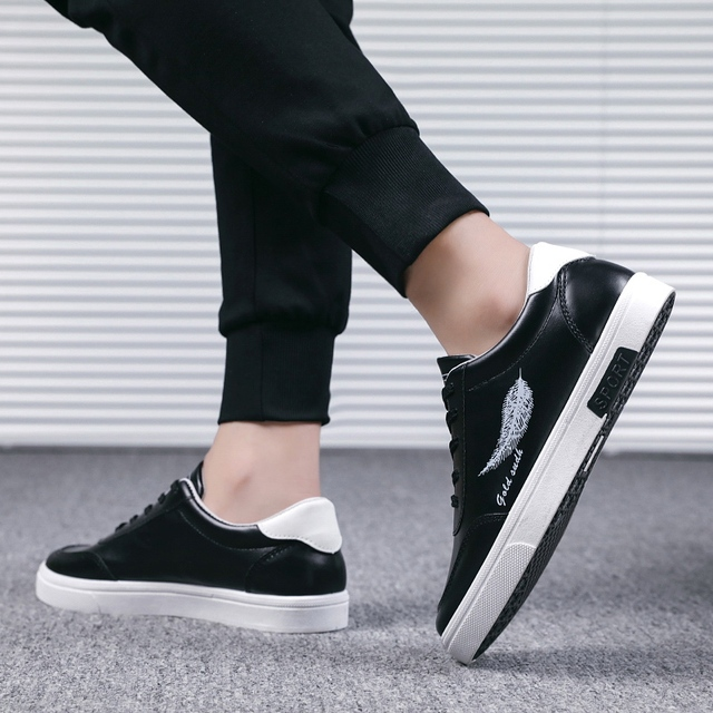 Damyuan Walking Shoes 2020 New Comfortable Breathable Casual Shoes Non-slip Wear-resistant Sneakers Men